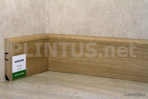 Плинтус МДФ HANNAHHOLZ Aktuell design Дуб опак AD81402.10 81×16мм (м)